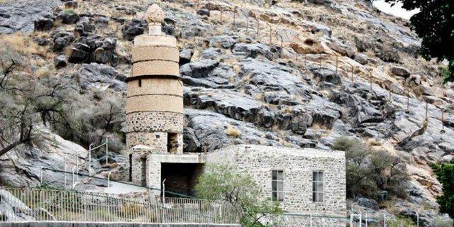 masjid al-Kuu'; yang tersisa dari perjalanan umrah