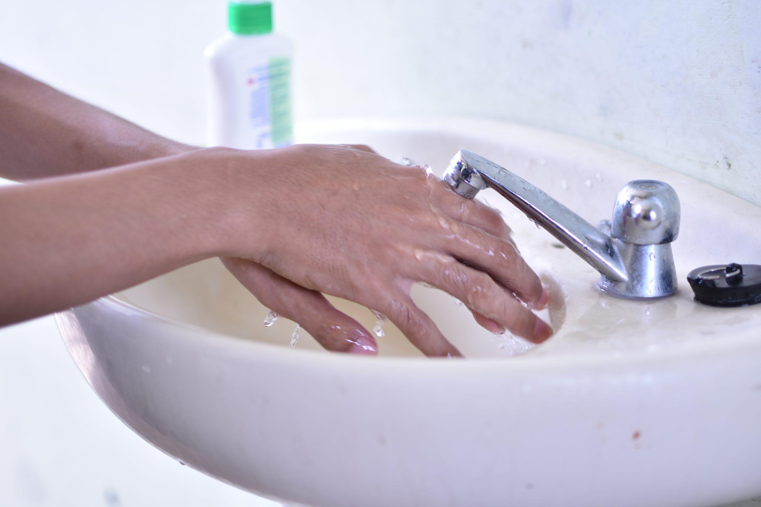 cuci tangan santri sarang
